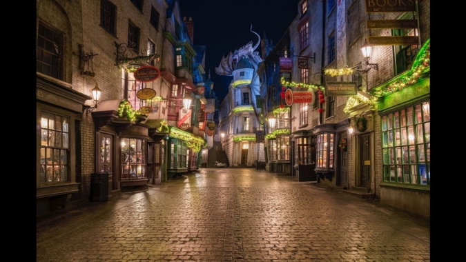 Diagon Alley holiday decor street view
